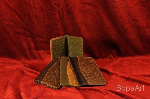 Levéltárca (útlevél, kártyák részére) mérete: 10,5x14,5 cm